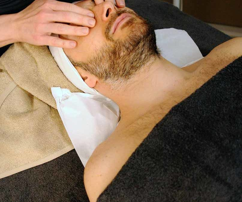 Masaje facial tonificador